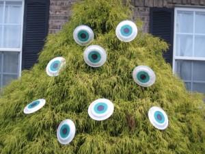 Ojos de monstruo para Halloween.